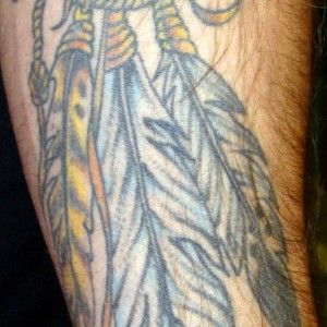 dreamcatcher-feathers-forearm-tattoo-01-l